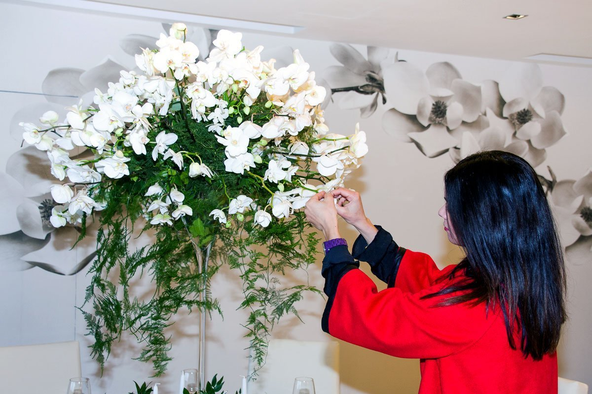 Composizione floreale tavolo matrimonio luxury