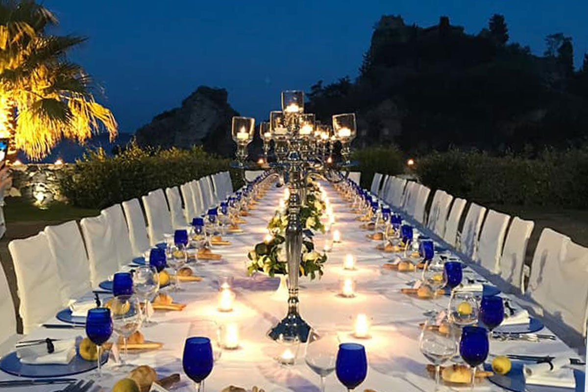 Tavolo imperiale La Plage, Taormina